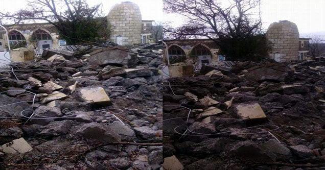 Şiddetli Fırtına Minareyi Yıktı