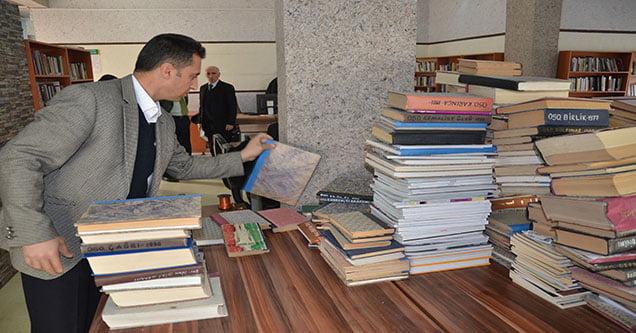 Kırsal ve Merkez Okullara 4 Bin Kitap Bağışlandı
