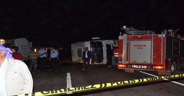 Siverek'te Mazot Yüklü Tanker Devrildi: 2 Yaralı