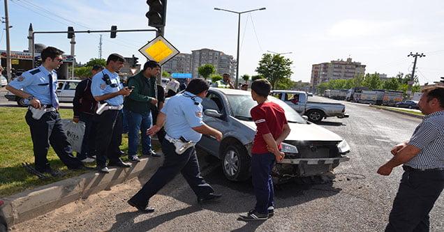 siverekte-trafik-kazasi-2-yarali-4 (3)