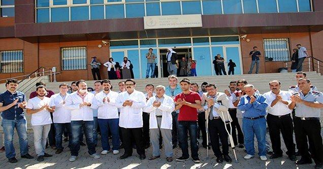 Siverek'te Sağlık Çalışanlarından Protesto