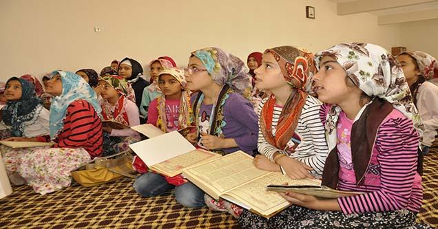 Siverek'te yaz Kur'an kurslarına ilgi