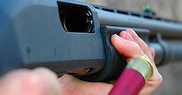 Av tüfeğiyle oynayan çocuklardan biri yaralandı