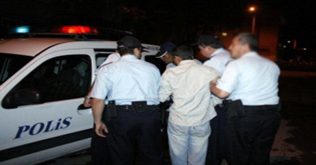 Esrar içen gençlere polis baskını!