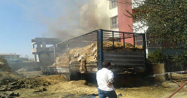 Siverek'te 50 ton saman yandı!