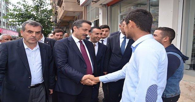 Eski Çalışma ve Sosyal Güvenlik Bakanı Çelik Siverek'te