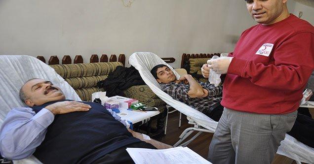 Siverek'te kan bağışı kampanyasına ilgi