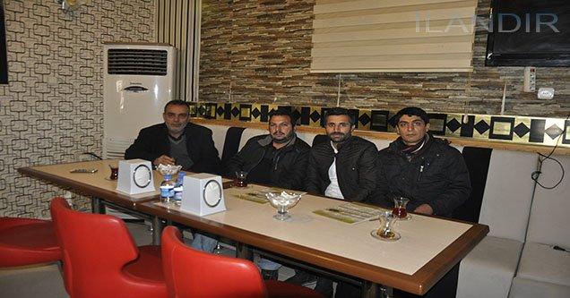 Gazeteciler Yeni Açılan Kafede Bir Araya Geldi