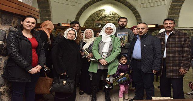 Burcu Çetinkaya ve Bennu Gerede SİVSAD'ı Ziyaret Etti