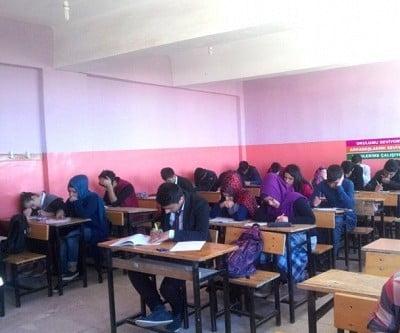 Siverek Belediyesinden öğrencilere deneme sınavı