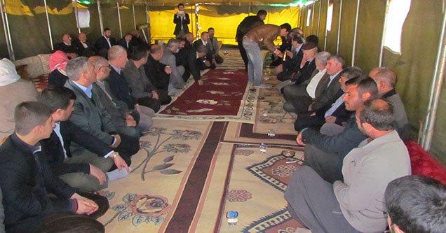 Hüda-Par'dan Şehit Edilen Muhtarın Ailesine Taziye Ziyareti