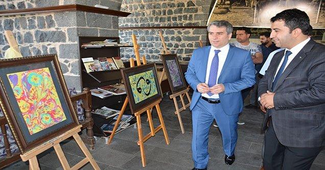 Ebru sergisi açıldı