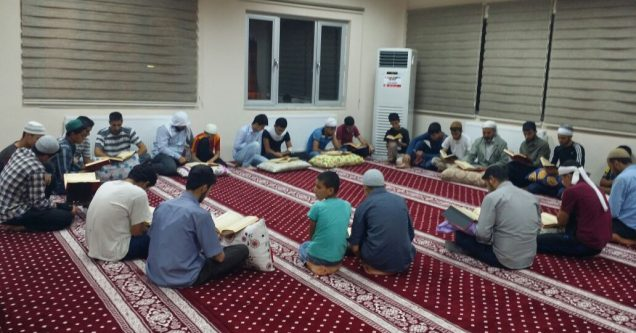 Siverek'te 3 Camide 40 Kişi İtikâf'a Girdi