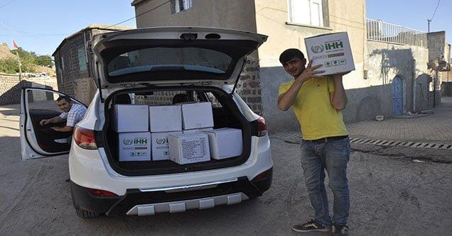 İHH'dan 500 Aileye Gıda Yardımı