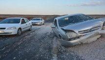 Kazılan yoldaki kaza ucuz atlatıldı