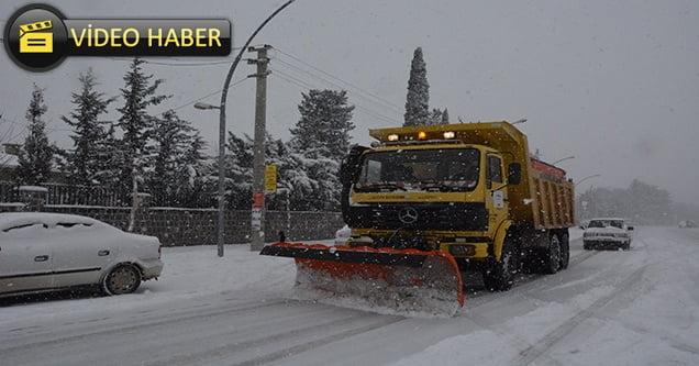 Siverek Belediyesinden kar ile mücadele çalışmaları