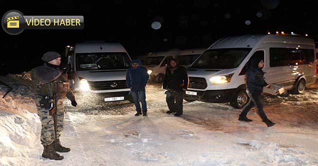 Karacadağ'da mahsur kalan öğrenciler kurtarıldı