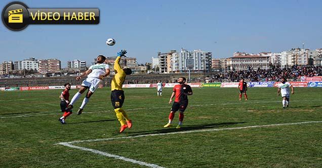 Siverek Belediyespor Akçakale'yi 5-1 mağlup etti