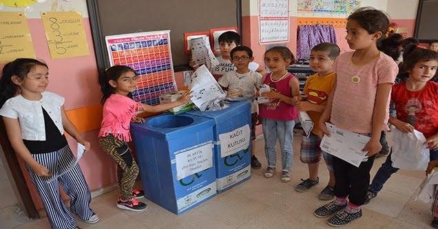 Öğrencilerden 'Temiz Çevre ve Atık Toplama' Kampanyası