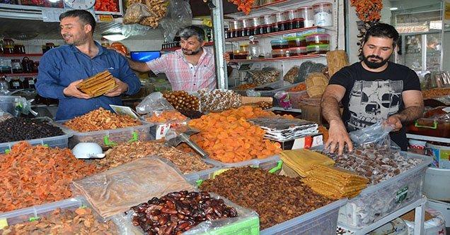 Ramazan ayı esnafın yüzünü güldürdü
