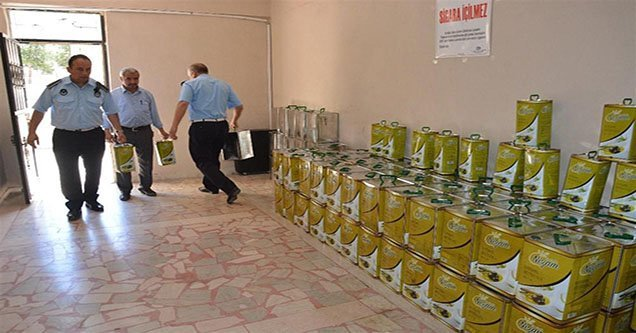 Siverek'te 2 ton kaçak zeytinyağı ele geçirildi