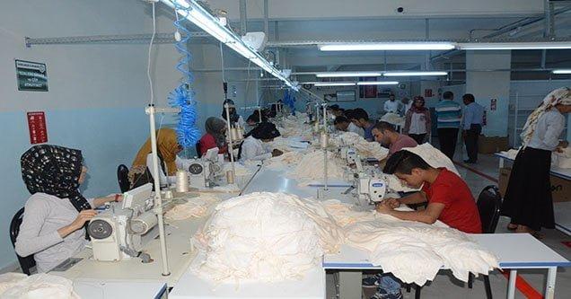 Siverek'te tekstil atölyelerinde artış yaşandı