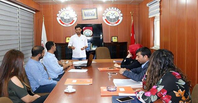 Mehmet Sezgin kurumlara haberciliği anlattı