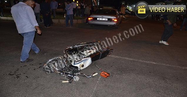 Motosiklet ile otomobil çarpıştı: 1 ölü