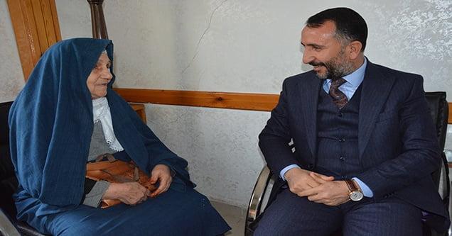 Siverek Belediyesi yaşlı kadının evini onaracak