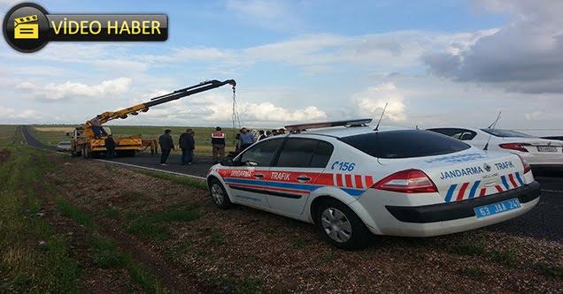 Süt tankeri devrildi: 2 yaralı