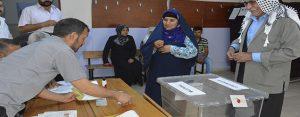 Siverek'te oy verme işlemi başladı
