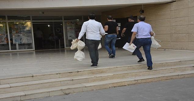 İlk Oy Torbaları Gelmeye Başladı