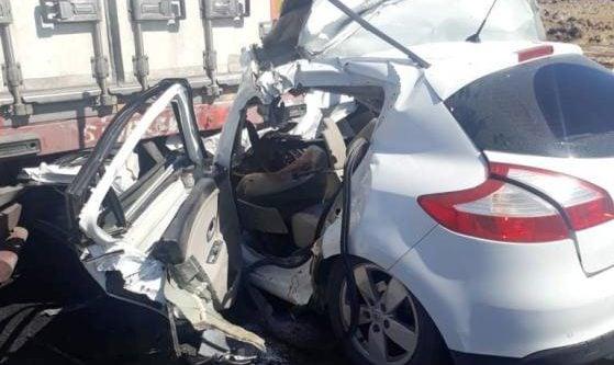 TIR'ın altına giren otomobilin sürücüsü öldü