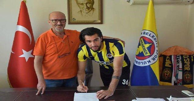 Vedat Erçin Menemen ile sözleşme imzaladı