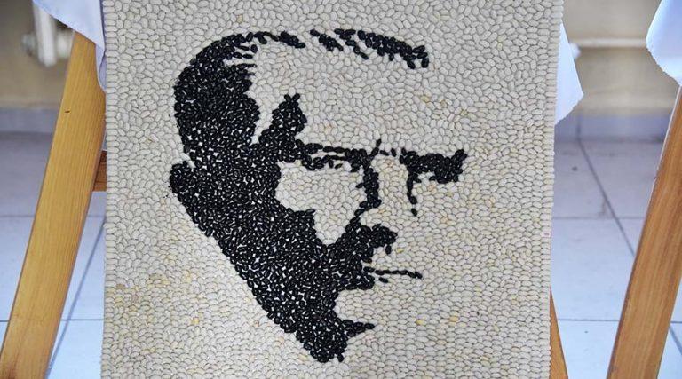 Öğrencilerin Atatürk sevgisi tuvallere yansıdı