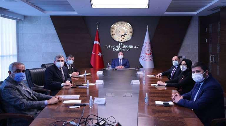 Başkan Ayşe Çakmak, Sanayi ve Teknoloji Bakanı Varank ile görüştü