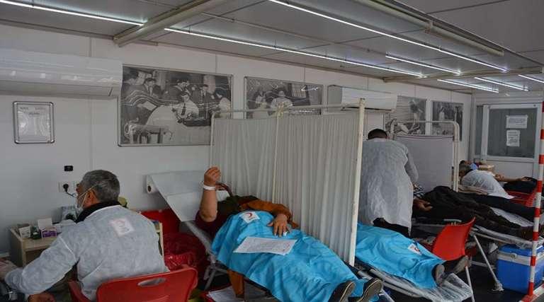Kan bağışına yoğun ilgi devam ediyor