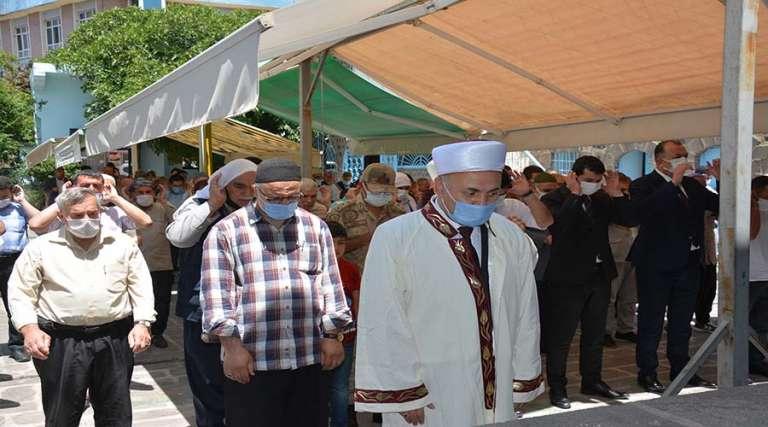 Siverek Kaymakamı Ongu için gıyabi cenaze namazı kılındı