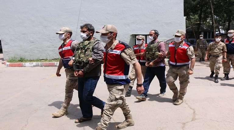 Siverek'te 3 kişinin öldüğü silahlı kavgaya ilişkin 4 kişi tutuklandı